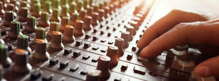 PROFESSIONAL VOICE RECORDING FOR VOIP